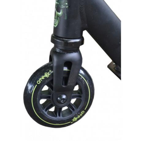 Колесо ATEOX для трюкового самоката с подшипниками 100 мм (черно-зеленое)